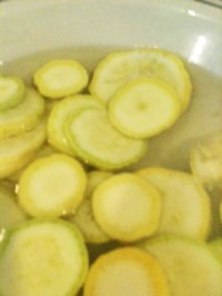 squash in salted water