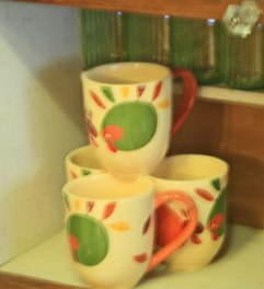 Deb's cute turkey cups.