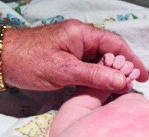 baby-hand-1