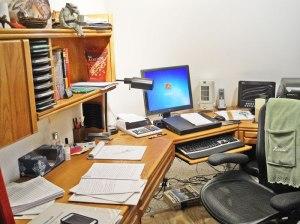 linda's-desk